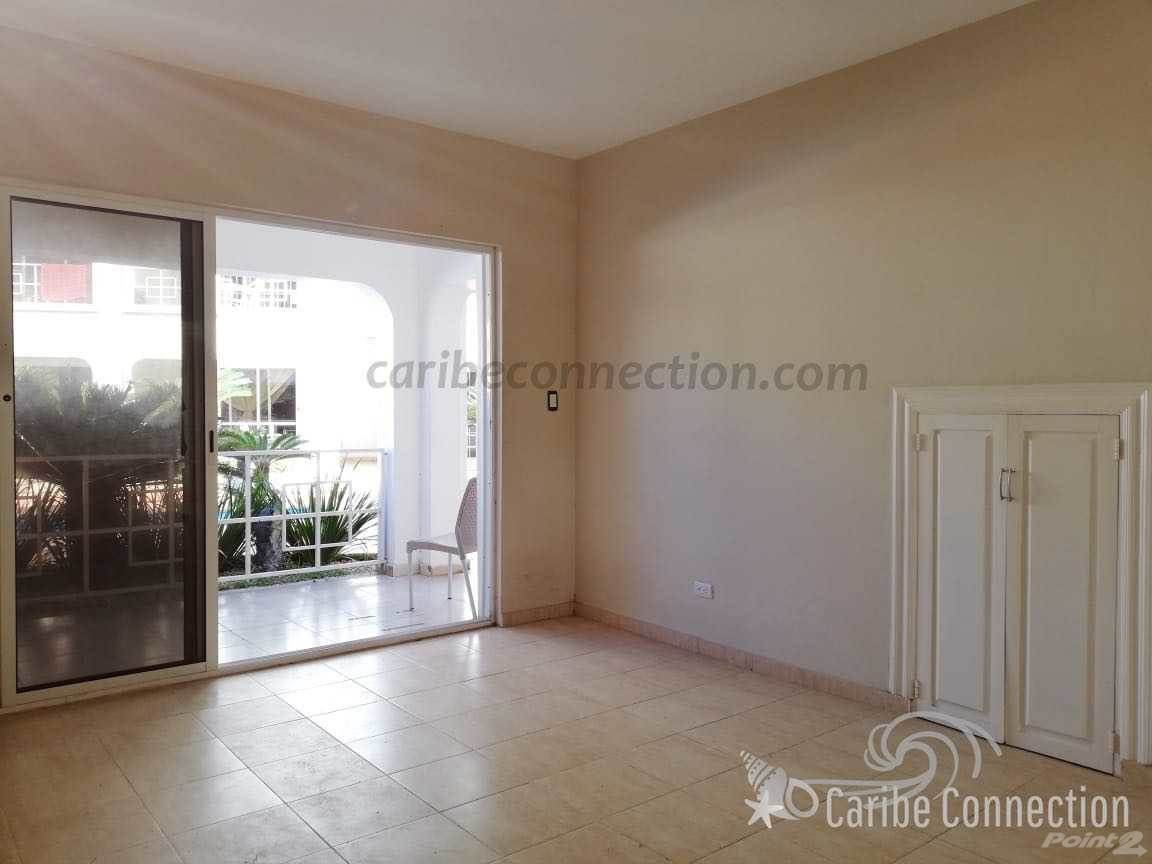 Apartamento en venta en/de Sun-filled ground floor apartment with two balconies in El Cortecito, Bavaro, La Altagracia ,23000  , República Dominicana