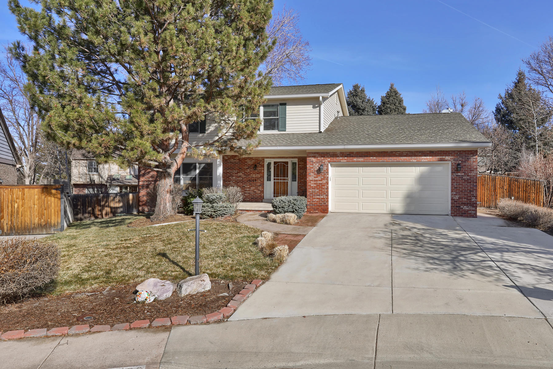 Casa unifamiliar en venta en/de 10169 E Lake Place, Englewood, Colorado ,80111  , EUA