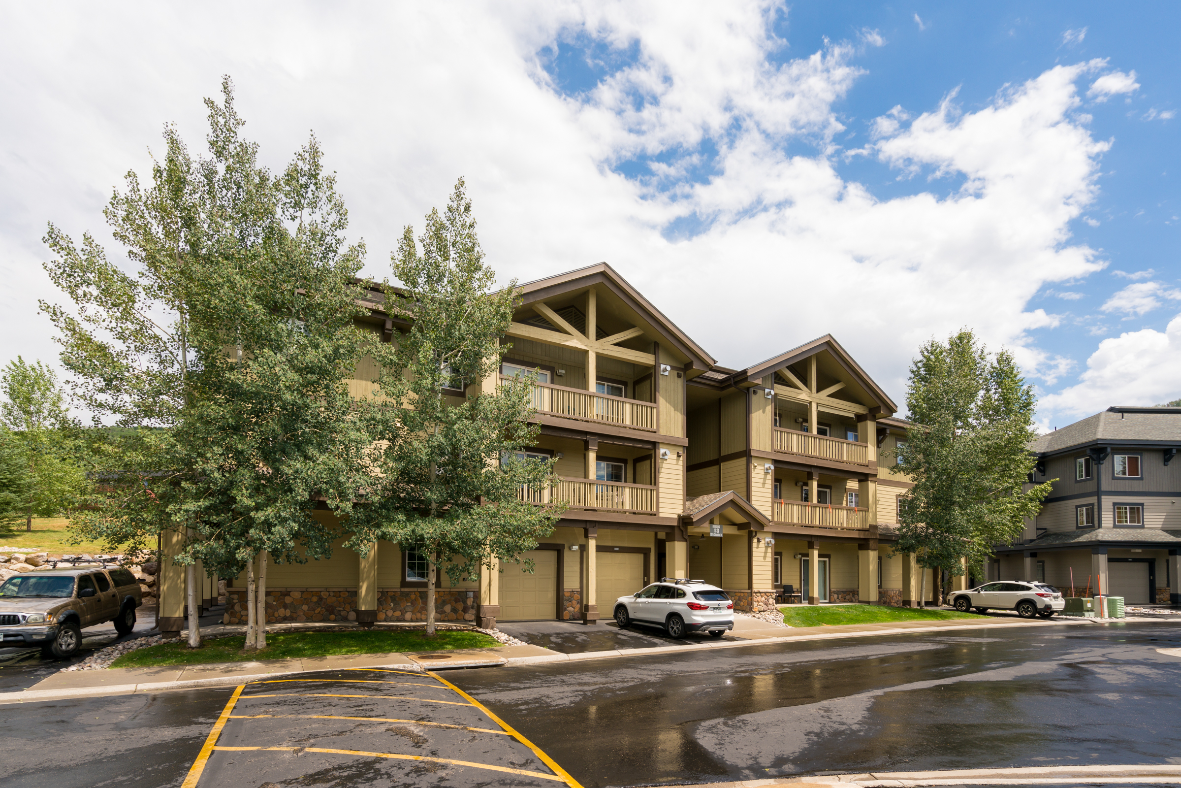 Apartamento en venta en/de 3315 Columbine Drive Unit #1305, Bldg 13, Steamboat Springs, Colorado ,80487  , EUA