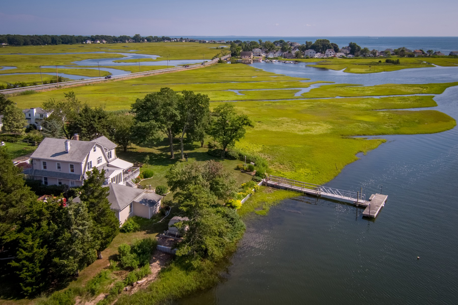 Casa unifamiliar en venta en/de 5 & 7 Bay View Road, Old Saybrook, Connecticut ,06475  , EUA